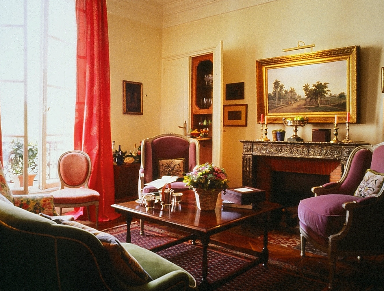 Manuel's Paris Apartment